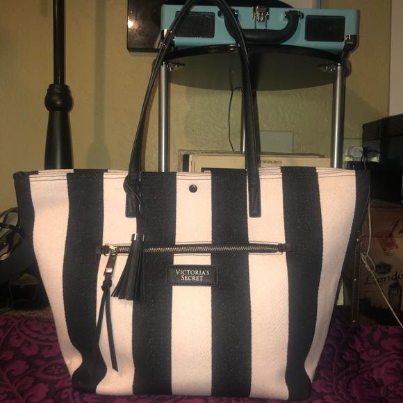 Victoria's Secret Handbags - VS Pink and Black Tote